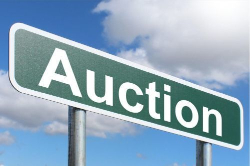 Surplus equipment available at auction site